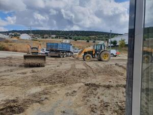 Tareas de retirada del barro en Montefrío.
