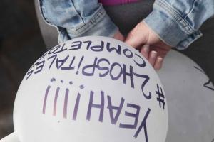 Detalle de una de las manifestaciones por los dos hospitales.