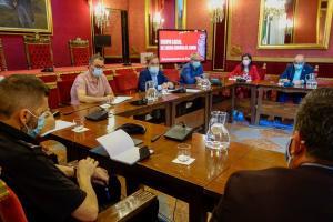 Reunión de la comisión Covid municipal.