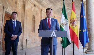 Juan Manuel Moreno y Juan Marín en la rueda de prensa en el Palacio de Carlos V.