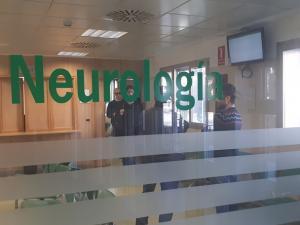 Entrada a consultas de Neurología.