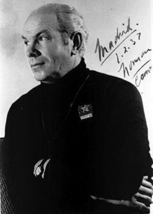 El doctor Henry Norman Bethune, fotografiado el 1 de febrero de 1937, pocos días antes de trasladarse a Almería para socorrer a las víctimas de La Desbandá.