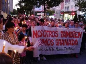 Concentración durante el encierro del Defensor y el párroco de La Paz.