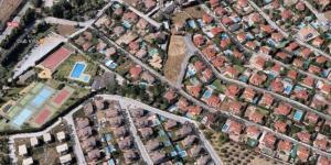 Áreas residenciales en Otura.