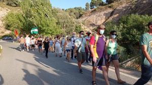 Más de 200 senderistas participaron este miércoles en el Último Paseo.