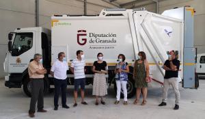 Recepción del nuevo camión, que recogerá basura de 275 contenedores.