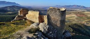 Castillo Árabe de Píñar, ultima fortaleza de Al Mandari, antes de exiliarse y refundar Tetuán.