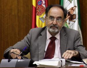 El letrado Plácido Fernández-Viagas, en una foto de archivo en el Parlamento andaluz.