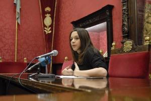 La concejal Jemi Sánchez, en rueda de prensa.