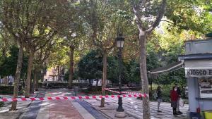 Imagen de la Plaza de la Trinidad, en la capital, cerrada por las restricciones.