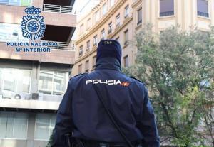 La Policía todavía busca a uno de los participantes en el atraco.