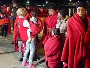 Entre las personas rescatadas había seis menores.