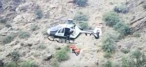 Imagen del rescate en helicóptero del herido.