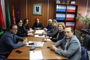 Concejales del PP con la directiva de la Federación de Comercio.