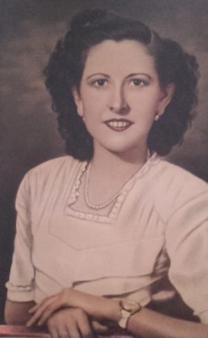 Rosario Bustos Prados, en una fotografía tomada en su juventud.