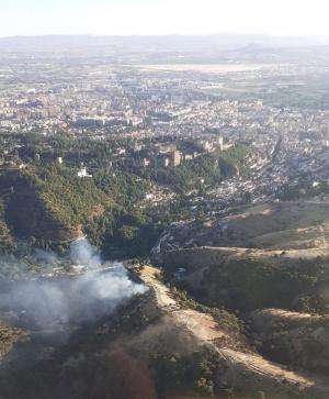 Imagen aérea, este sábado, de la zona del incendio.