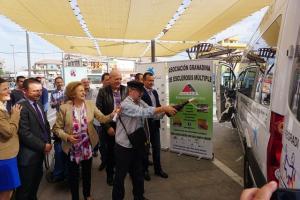 'Bautizo' del vehículo de transporte colectivo de la asociación.