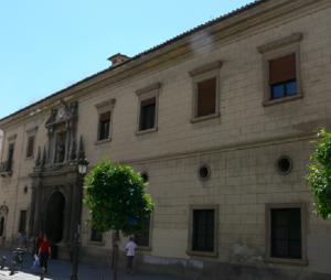 Centro Provincial de Drogodependencias, en el antiguo hospital de San Juan de Dios.