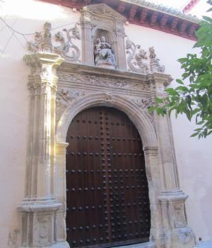 Portada sur de la iglesia imperial de San Matías.