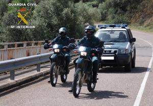 Una patrulla del Seprona de servicio.