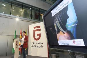 Mercedes Garzón presenta el nuevo servicio.