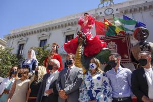 La Tarasca estará expuesta hoy miércoles y el jueves en la Plaza del Carmen.