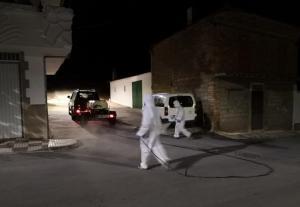 Imagen de archivo de tareas de desinfección en el municipio.