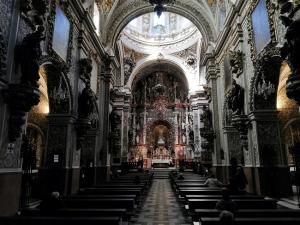 Basílica de las Angustias la pasada semana, con la reapertura de los templos al culto.