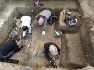 Imagen de las excavaciones en Víznar con los primeros restos localizados.