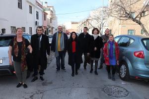 La europarlamentaria ha visitado la Zona Norte con los concejales de la confluencia.