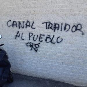 Pintada en la sede de Canal Sur Granada.