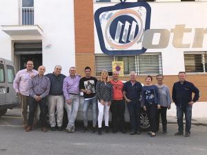 Parte la plantilla de la RTV de Motril con representantes del sindicato SPA.