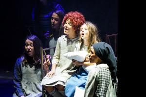 Imagen de una de las escenas del musical.