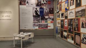 La instalación que echa cierre al Centro Cultural reúne cartelería y catálogos de estos 30 años.