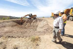 La excavación ha llegado a la cota del terreno donde estaba el campo de instrucción.