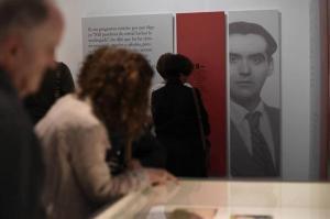 Detalle de una exposición sobre el legado en el Centro Lorca.