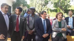 Poetas y autoridades en la inauguración del FIP.