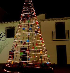 Decoración navideña en Bubión.