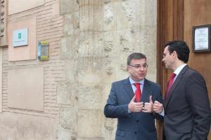 El subdelegado del Gobierno y el alcalde, en una foto de archivo.