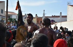 Celebración del Cascamorras en Baza.