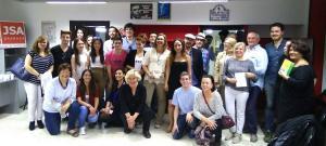 Algunos de los asistentes a la inauguración de la biblioteca Fernando de los Ríos.