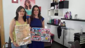 La campaña de promoción de la lectura, en una peluquería.
