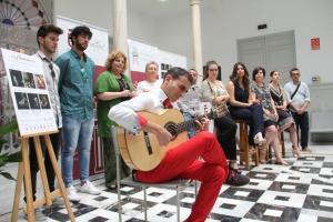 Presentación del circuito de flamenco con una breve actuación.
