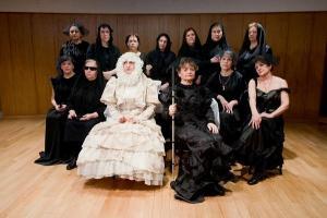 Las actrices en la adaptación de Bernarda Alba que representaron el pasado año.