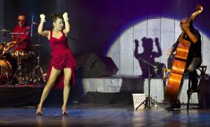 Música y espectáculo en 'Reinvention Tour'.
