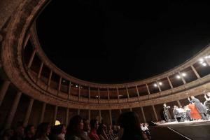 El Palacio de Carlos V escenario este viernes la inauguración del Festival.