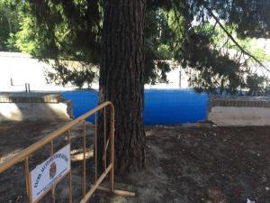 Obras en la Placeta Joe Strummer paradas desde hace más de dos meses.