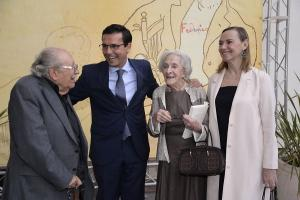 Laura García Lorca junto a Ida Vitale, Francisco Cuenca y Rafael Guillén.