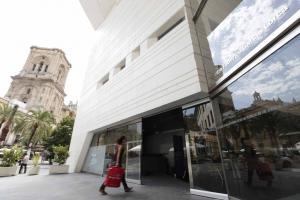 El Centro lleva más de dos años inaugurado sin los fondos.