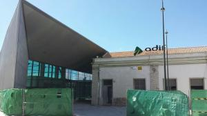 Obras de acondicionamiento de la estación de tren de Granada.